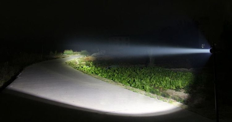 x light miglior torcia da pesca